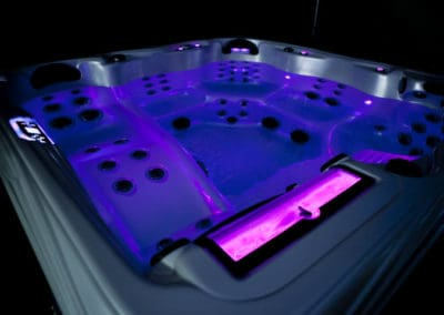 Clean Water Spa Artesian LED